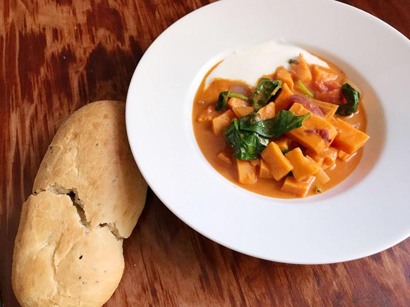 Indisches Süßkartoffel-Korma-Curry als Audiofile & Interview Spicebar