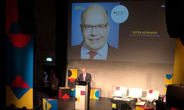 """""""Ich bin auch ein Startup – gerade 7 Tage alt"""": Bundeswirtschaftsminister Peter Altmaier eröffnet Pitch Night der Digital Hub Initiative"""