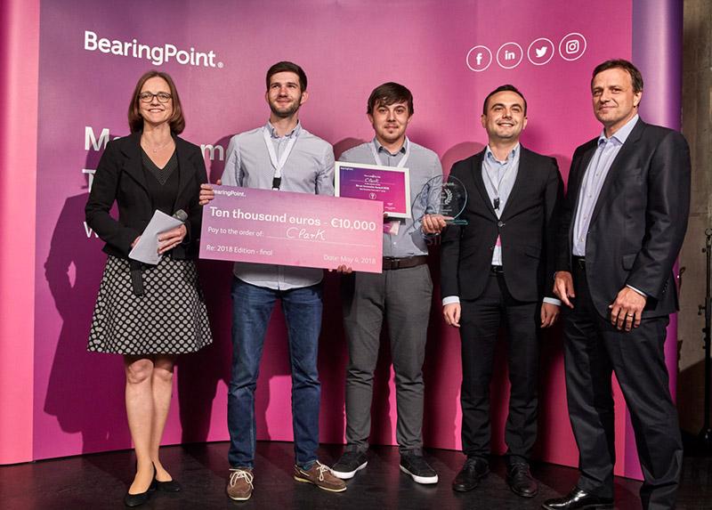 AR Industrial Smart Glasses für die Industrie 4.0 gewinnt den ersten Preis beim Start-up-Wettbewerb von BearingPoint