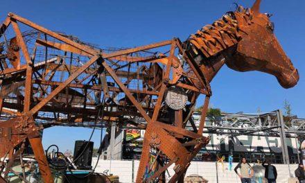 """""""Mechanisch Paard"""" als Zugpferd der Maker Faire"""